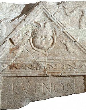Nagrobna stela